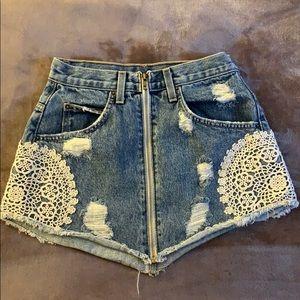 LF/Carmar denim skirt size 25